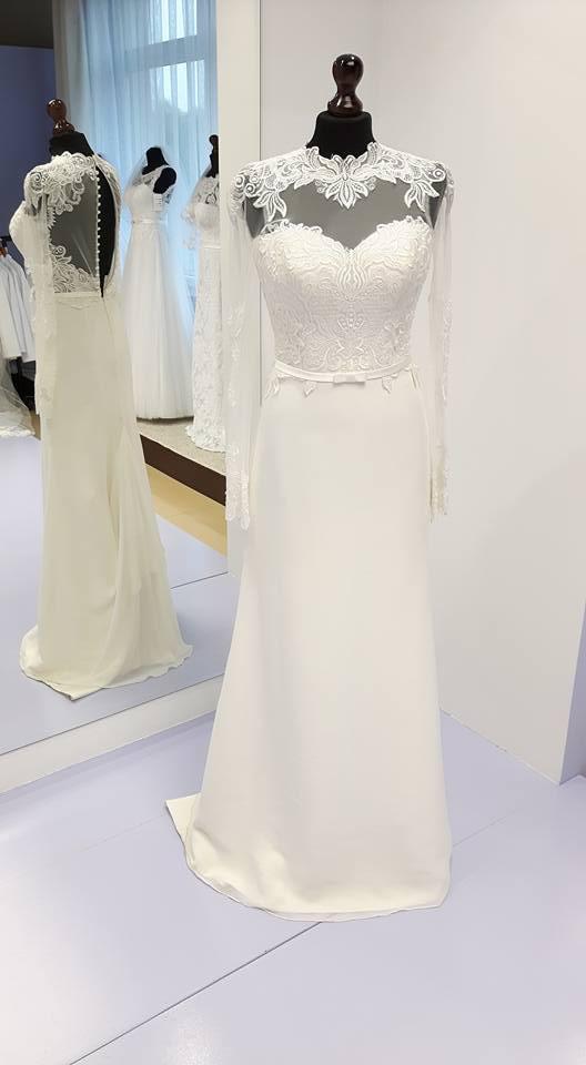 Prosta Sukienka ślubna